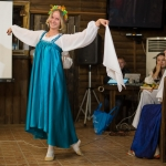 Русский танец на свадьбе в стиле Древняя Русь