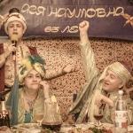 Ведущий на юбилей в Волгограде Роман Глуховский. Султан доволен